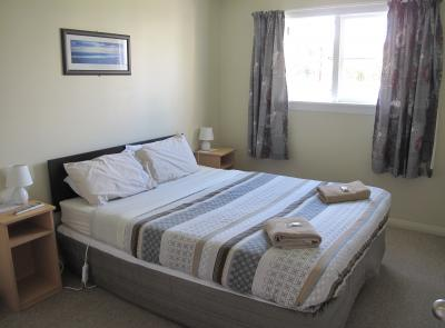 Dorset House Backpackers Double Room 11 Christchurch